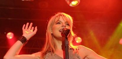Yvonne Catterfeld Lyrics Musixmatch Song Lyrics And